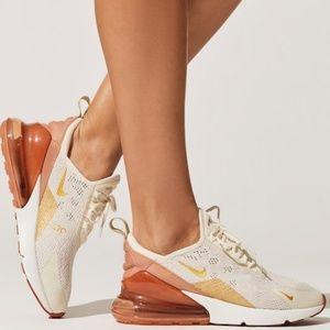 Nike Air Max 270 Light Cream Metallic Gold